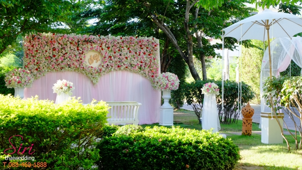 backdrop ถ่ายรูปงานแต่งงาน-สิริไทยเวดดิ้ง 3