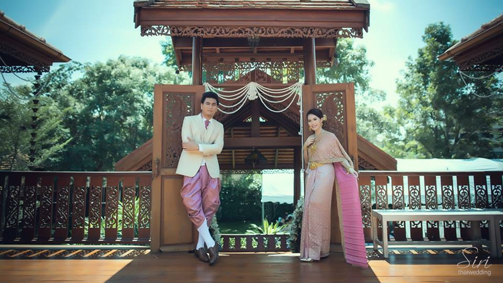รับจัดงานแต่งงานเรือนไทย